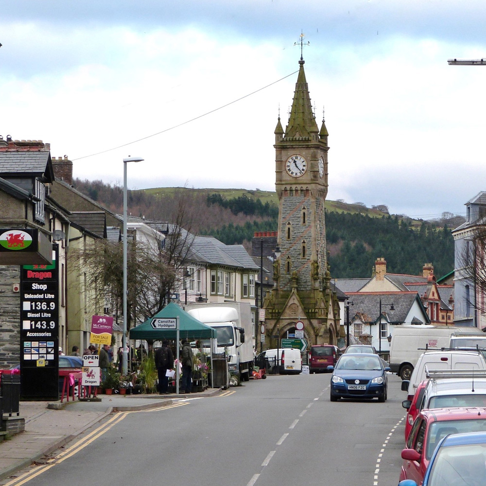 vehicle hire machynlleth